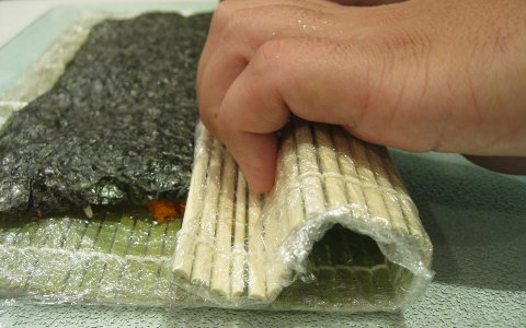 roll-your-california-sushi-roll