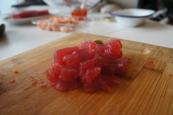 chopped-sushi-tuna-min